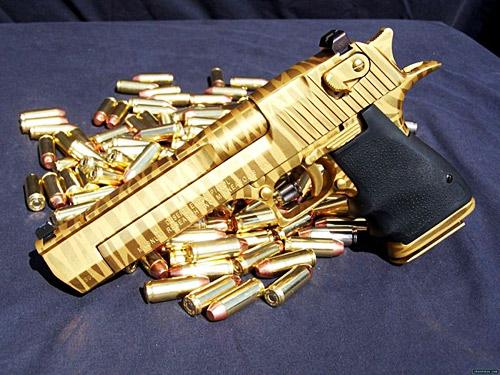 gold_pistolls